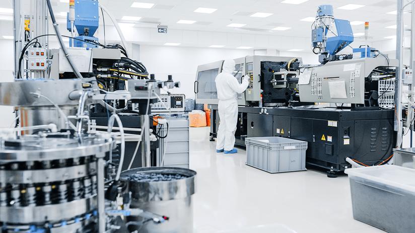 Analysegeräte im Reinraum, Lab Integration